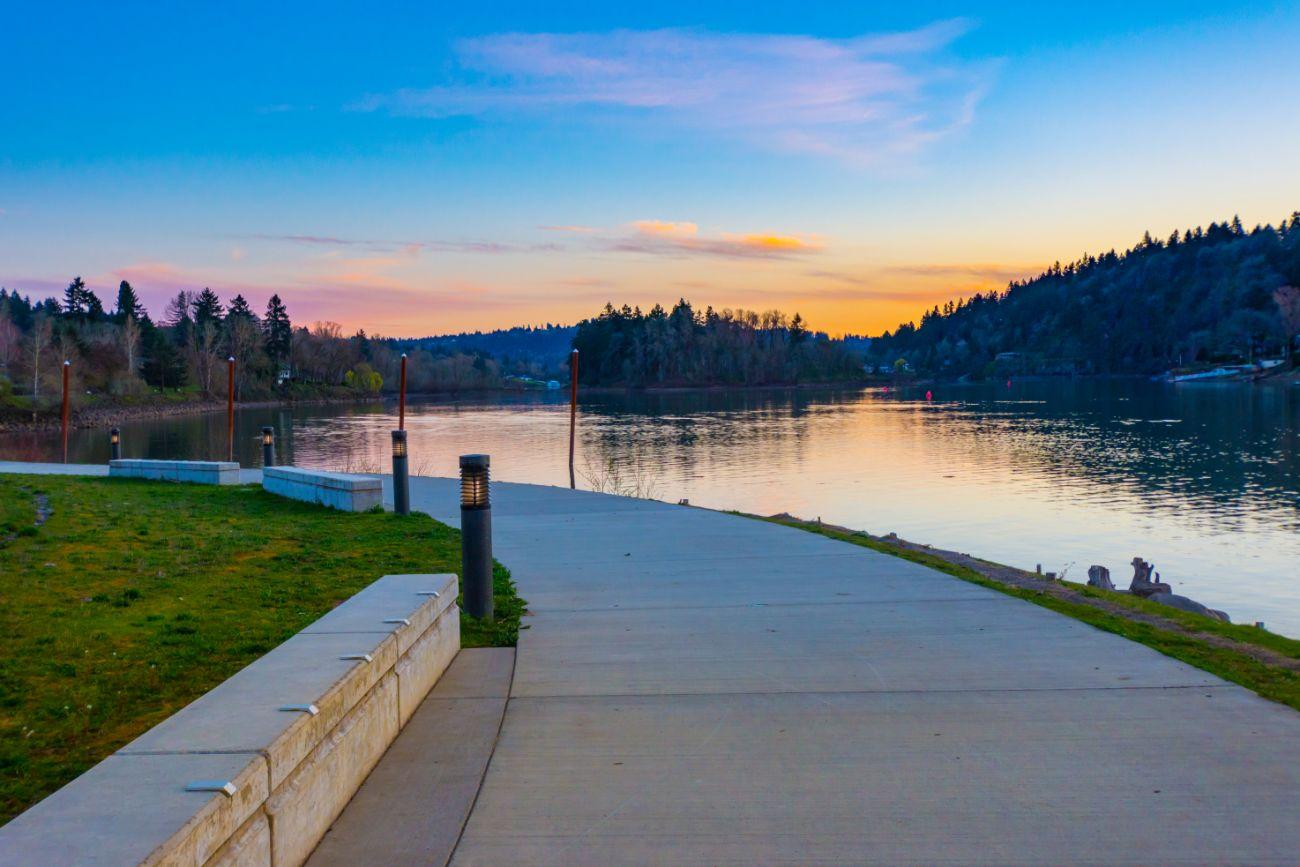 Riverfront walkway in Milwaukie Oregon