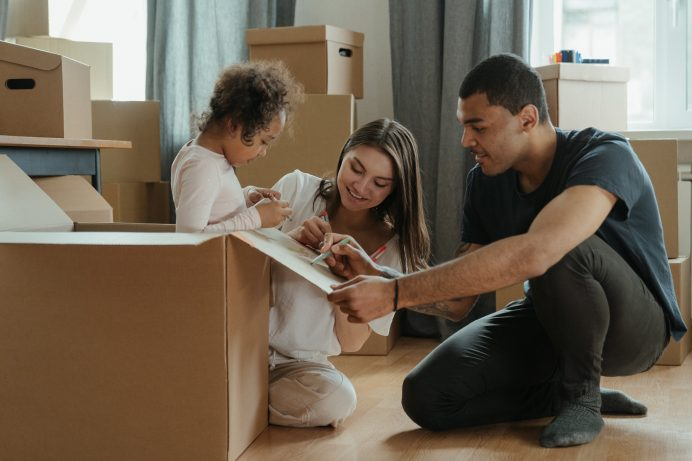 Family Packing For Move   Top Reasons to Move to Seaside, Oregon [A Complete Guide]